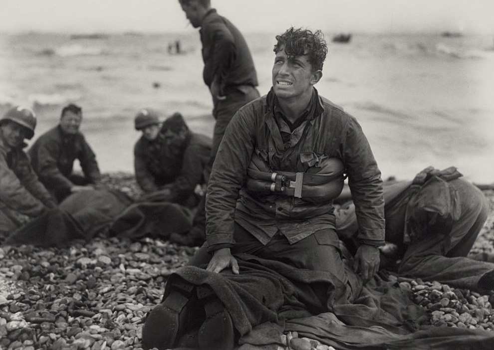 D Day Anniversary Army War Photographer Recalls The Story Of A Dramatic Rescue Photo Usc Shoah Foundation