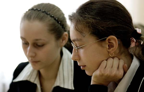 Encountering Memory lesson in Class 9-A, School #228, in Kyiv, Spring 2008