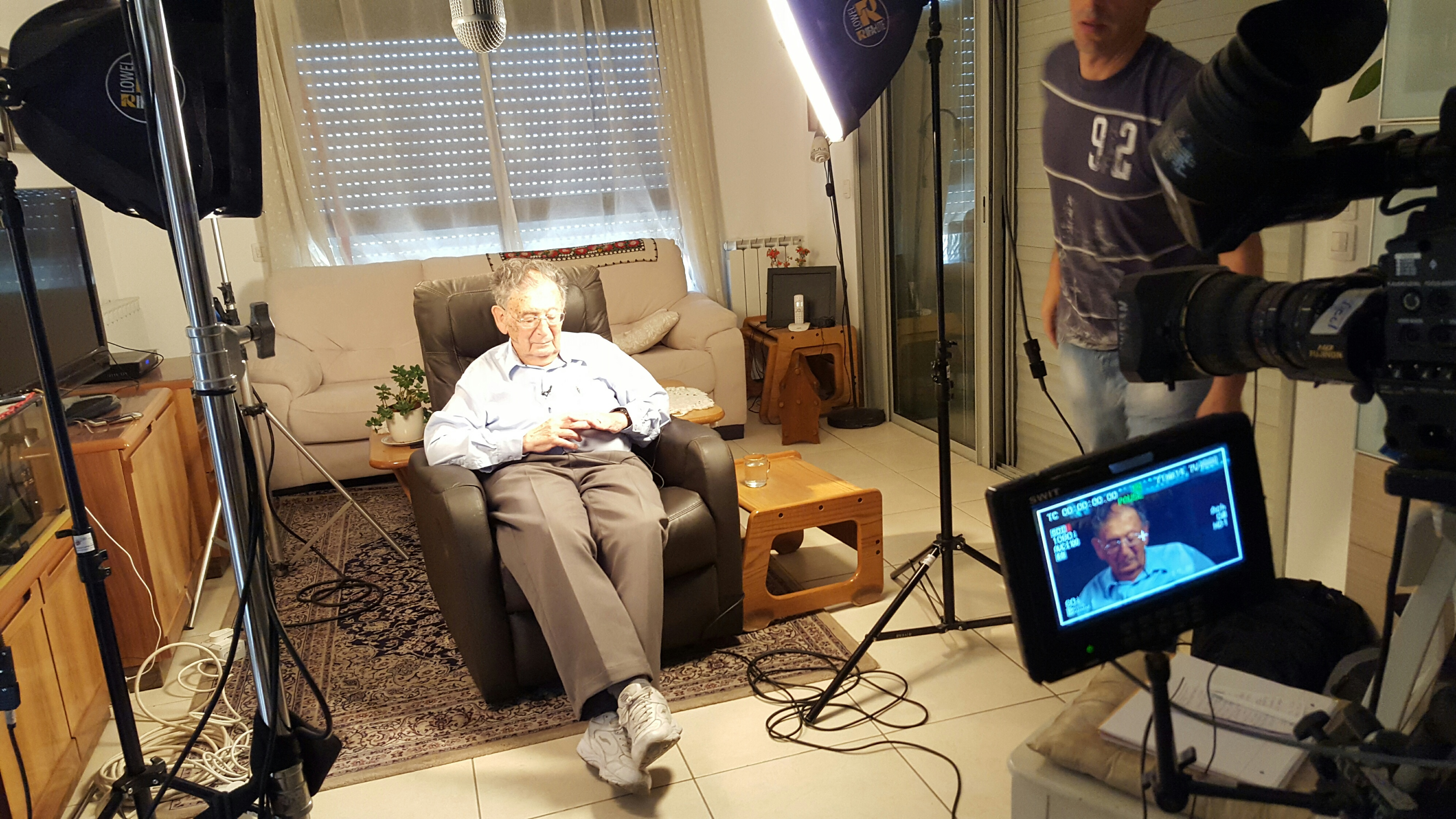 Yehuda Bauer records his testimony in Jerusalem, June 29, 2015