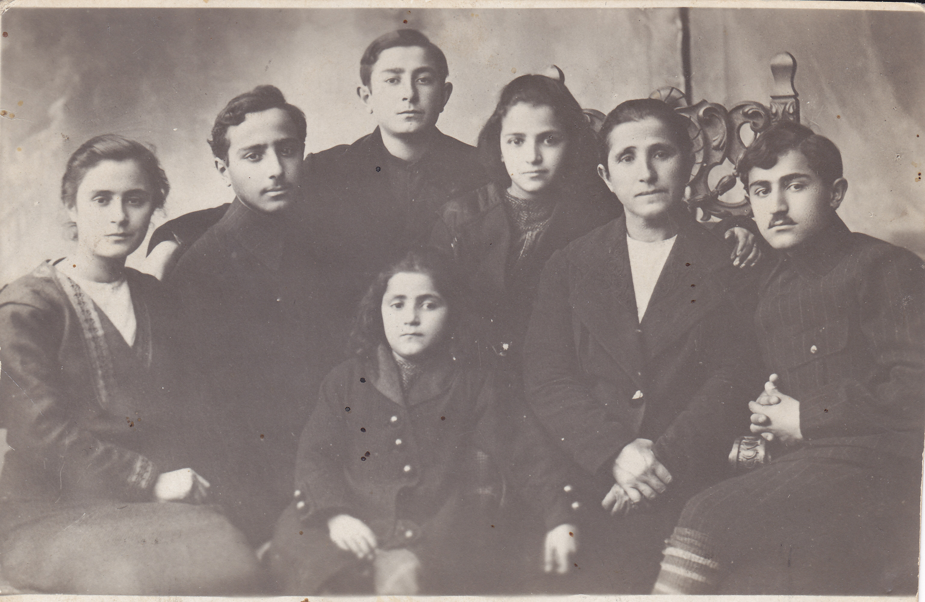 The Muggerditchian family, minus Thomas, in 1916. Alice is third from right