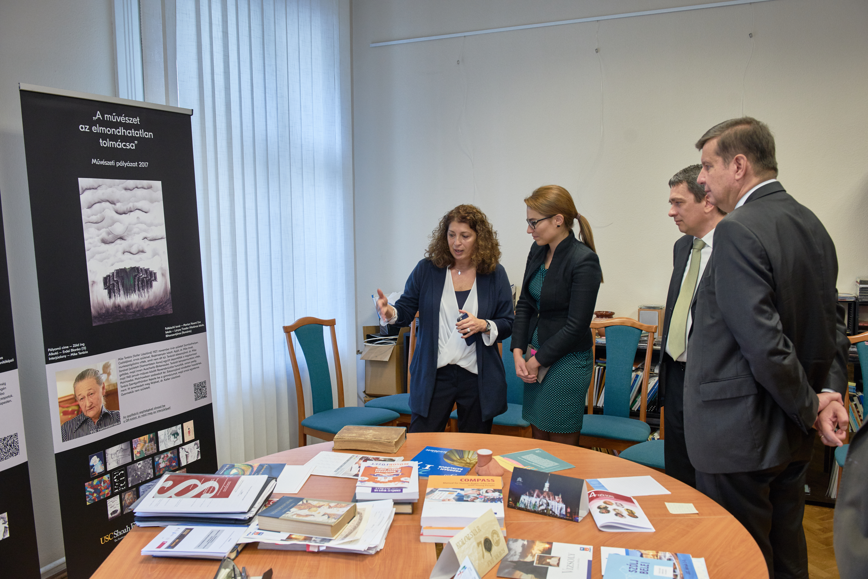 Art Exhibit at the Hungarian Office of Educational Rights 2017
