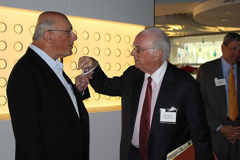 Councilors Yossie Hollander and Stephen Cozen