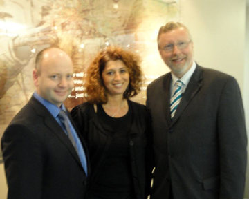 Stephen Smith, Executive Director of the USC Shoah Foundation Institute; Andrea Szőnyi, Institute Regional Consultant, Hungary; and Balázs Bokor, Consul General of the Republic of Hungary.