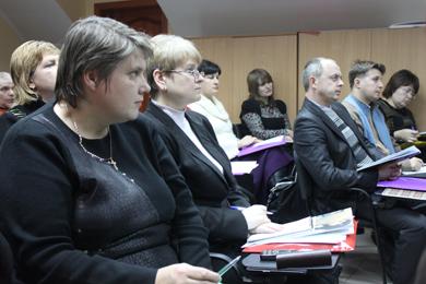 Seminar participants (left to right):  Viktoriya Brachkova, Svitlana Voznyak, Svitlana Korotun, Larysa Kovtun, Zhanna Hudko, Iryna Samokhval, Dmytro Desyatov, Andriy Kinash, and Tetyana Lymar.