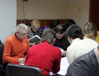 Seminar participants' working session.