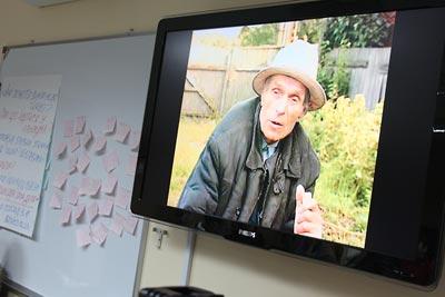 Testimony of Nykyfir Iakhnenko, part of the Ukrainian Famine lesson, projected on screen.