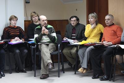 Iurii Vovk, Ol'ha Kucher, Mykhailo Savchenko, Oleksandr Voitenko, Svitlana Voznyak, and Svitlana Bushyna, during lecture.