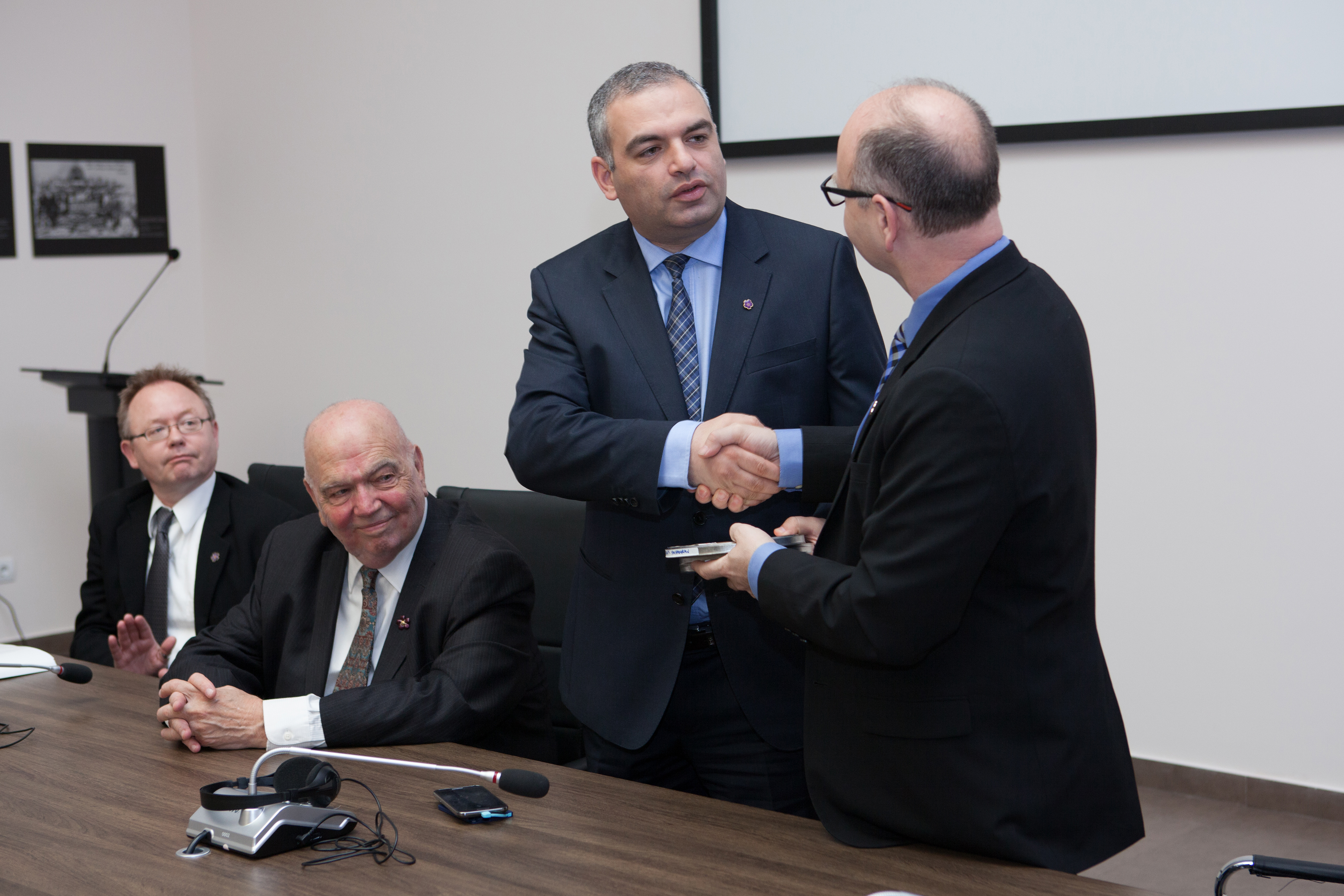 L-R: Wolf Gruner, Richard Hovannisian, Hayk Demoyan and Stephen Smith at delivery of 60 testimonies