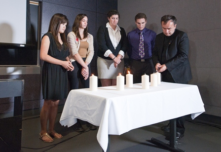 Father Patrick Desbois commemorates Yom Hashoah with students at USC.