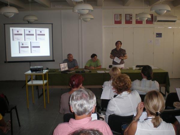 Left to right:  Lesson authors Miroslav Šašić, Darko Benčić and Loranda Miletić, of the Croatian Education and Teacher Training Agency, present at a teacher training seminar in Split, Croatia, September, 2009.