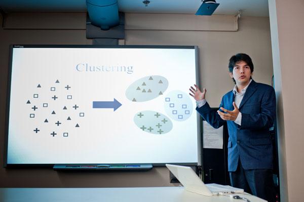 Rodrigo Mendoza Smith, an applied mathematics major at the Instituto Tecnológico Autonomo de Mexico, discusses the results of their research.