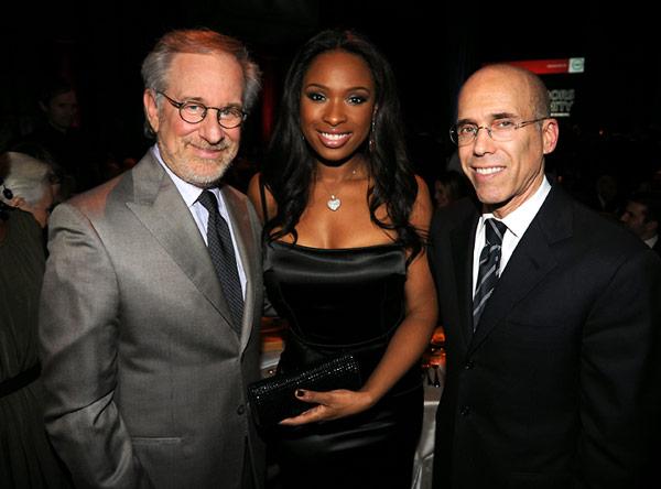 Steven Spielberg posing with Jennifer Hudson and honoree Jeffrey Katzenberg.