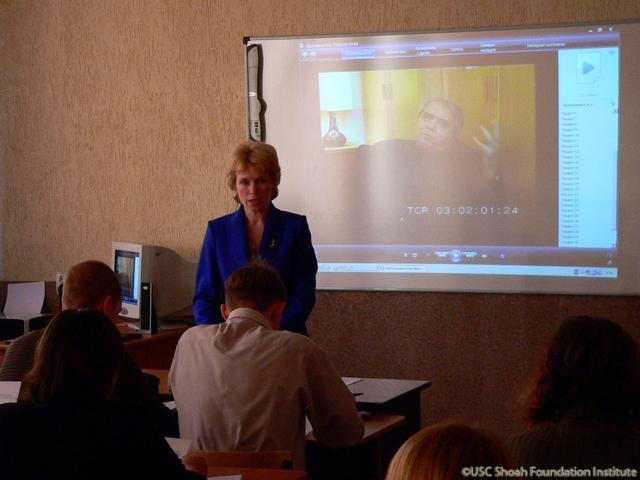 Svetlana Gorbacheva models the classroom lesson she authored using testimony from the archive, to educators in Kaliningrad, November 2008.  The lesson utilizes a clip from the testimony of Aleksandr Gelman.