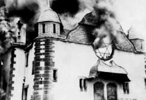 Synagoge of Siegen, Germany, burning during Kristallnacht (9 November 1938) in Nazi-Germany