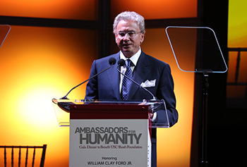 Mickey Shapiro at the 2015 Ambassadors for Humanity gala in Detroit