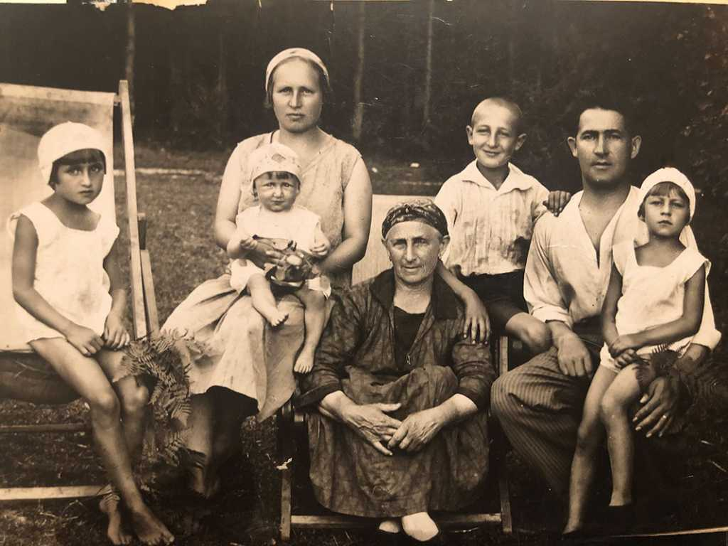 The Lederman family before the camps. My mother, Zofia, is seated on her father's (Avrum) lap. She and her mother, Chana, survived 5 concentration camps, sewing Nazi uniforms; Leon, her brother, survived the camps with their father, who was a tailor; Genia (on Chana's lap) died of dysentery in the ghetto, and Frania (seated on the chair) survived hiding with a Catholic family. All were reunited in Sweden after liberation.